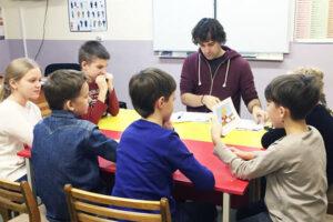 занятия в Ассоциации иностранных языков